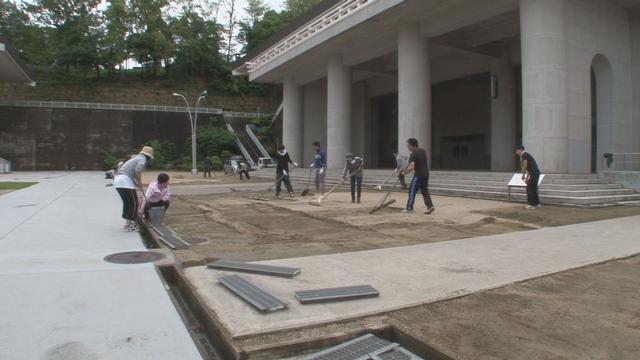 5月24日 境内芝植え事前作業