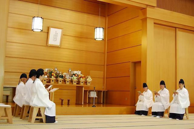 4月22日 本部広前 月例祭